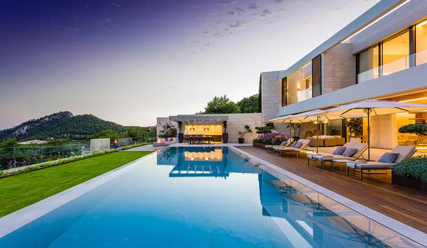 Lujo mediterráneo: la casa de las vistas infinitas de Port Andratx
