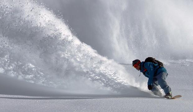 Deslizarse bien equipado: 7 complementos para disfrutar (más) del esquí y el snowboard