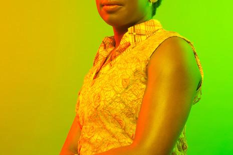"""Chimamanda Ngozi Adichie: """"¿Y si Hillary Clinton hubiese presumido de agarrar a los hombres por el pene?"""""""