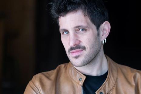 Jota Linares, el cineasta español que triunfa en Netflix