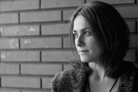 """Sara Mesa: """"Es mi primer ensayo sobre la pobreza. Y la primera vez que no me llaman los grandes medios"""""""