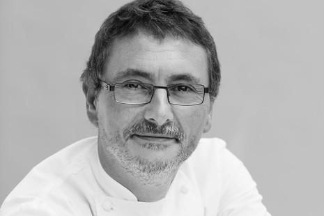 """Andoni Aduriz: """"La derecha compite por el plato más tradicional y la izquierda, por el más popular"""""""