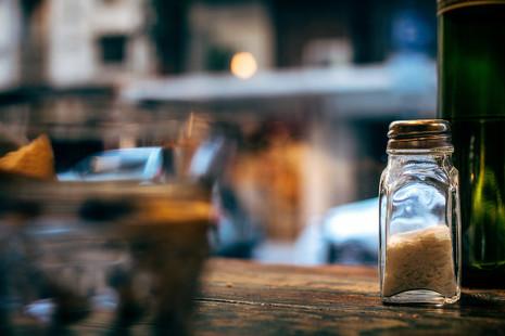 Virtudes de la sal, un condimento de lujo que hay que usar con prudencia