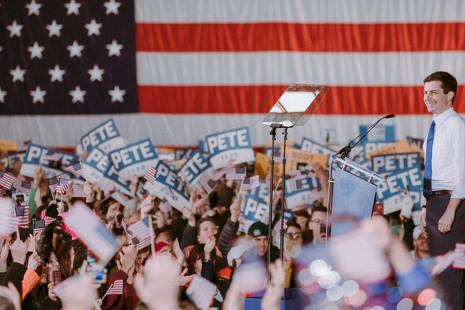 Pete Buttigieg: el hombre que podría ser el primer presiente homosexual de EE UU... a pesar de su apellido