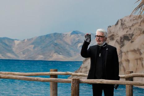 Por qué la muerte de Karl Lagerfeld es el final de una era